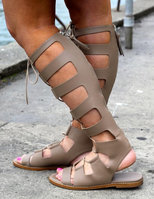 cce8c466316 Zara Leather Roman Sandals