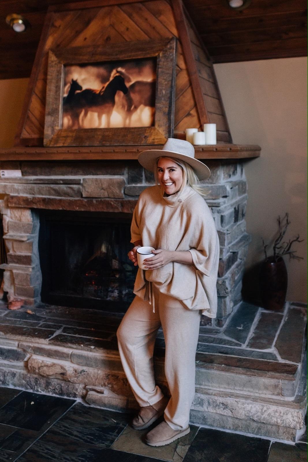 Senreve Cashmere, Senreve Cashmere Pants, Sundance, KatWalkSF, Kat Ensign, Lack of Color Hat, Cashmere Cape, Cashmere Outfit